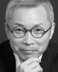25_W. Chan Kin